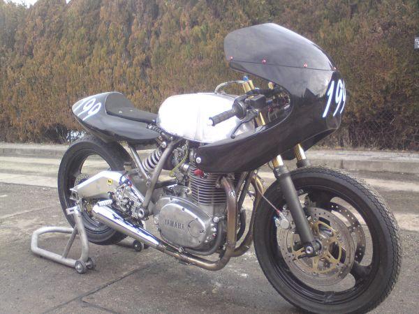 Renes-XS650-Racer