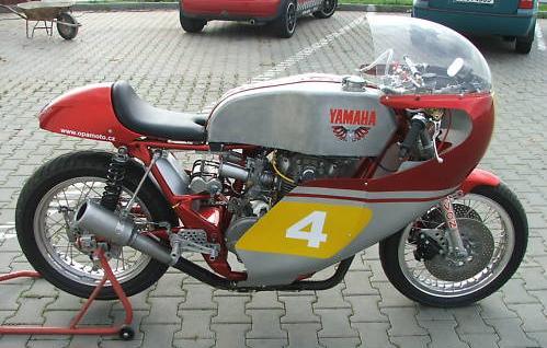 Hinnis-XS650-Racer