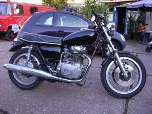 Yamaha Classic Racing Vintage Oldschool Alteisen Twin