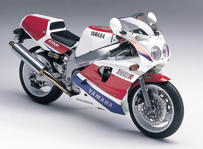 1989 Yamaha FZR750R OW01