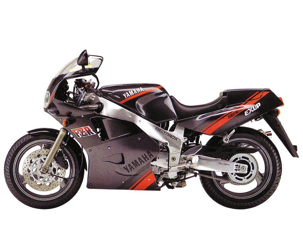 FZR1000 Modellhistorie